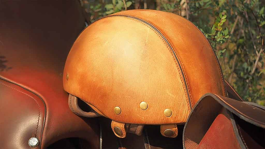 Quality helmet leather Spain