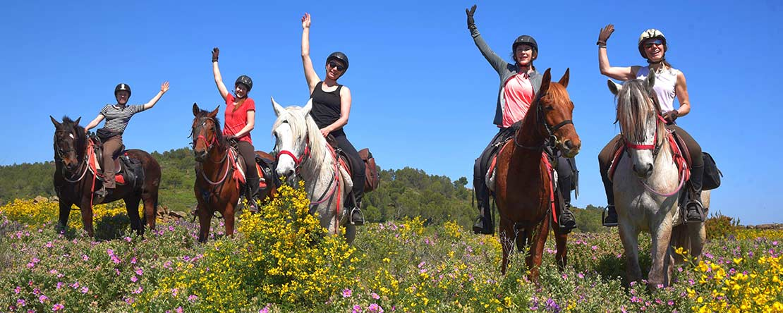 Happy guests fantastic horse riding vacation Spain