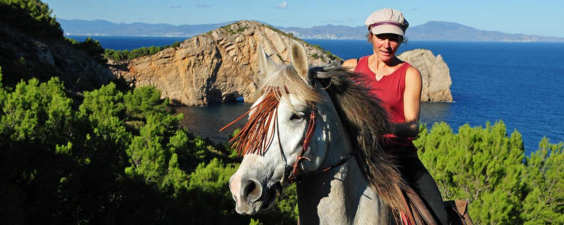 Great horse riding experience Catalonia