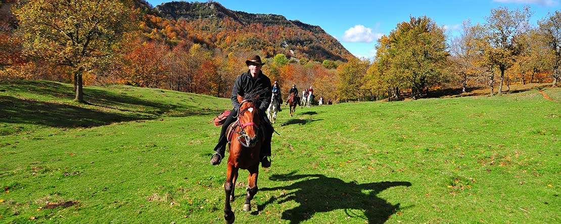 Canter Spain Pyrenees