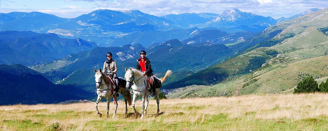 Mountain trekking on horseback Spain